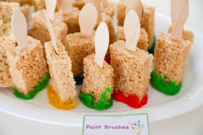Bright and Easy Art Theme Party