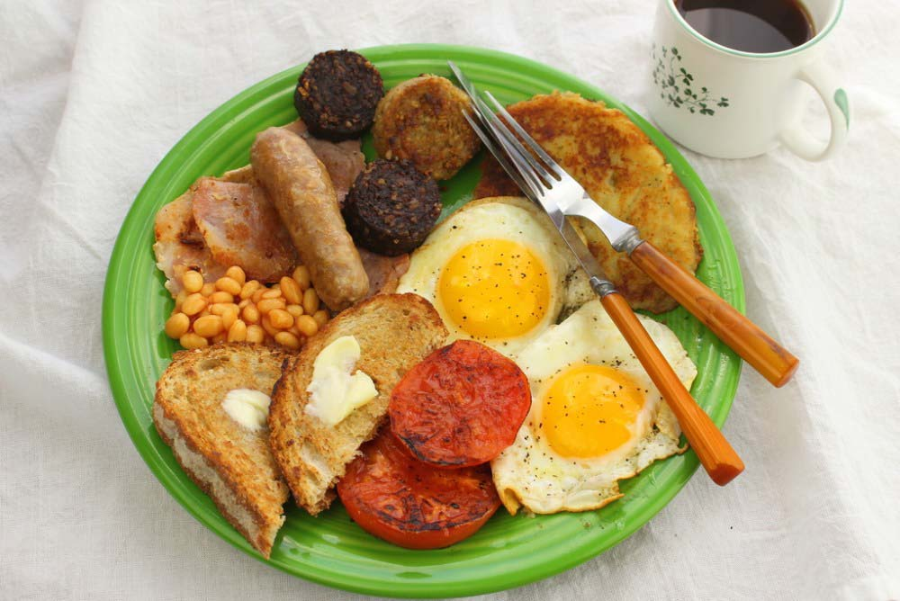 Meraki Mother - Delicious St Patricks Day Meals- Traditional Irish Food - The Ulster Fry- Full Monty Breakfast, Irish Style for #StPatricksDay