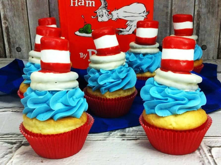 Meraki-Mother-cat-in-the-hat-cupcakes, dr seuss day crafts