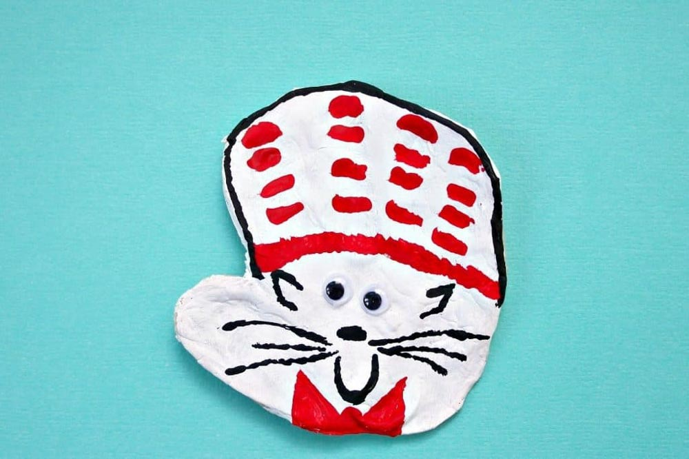 Meraki-Mother-easy dr seuss craft for kids, cat in the hat crafts for toddlers
