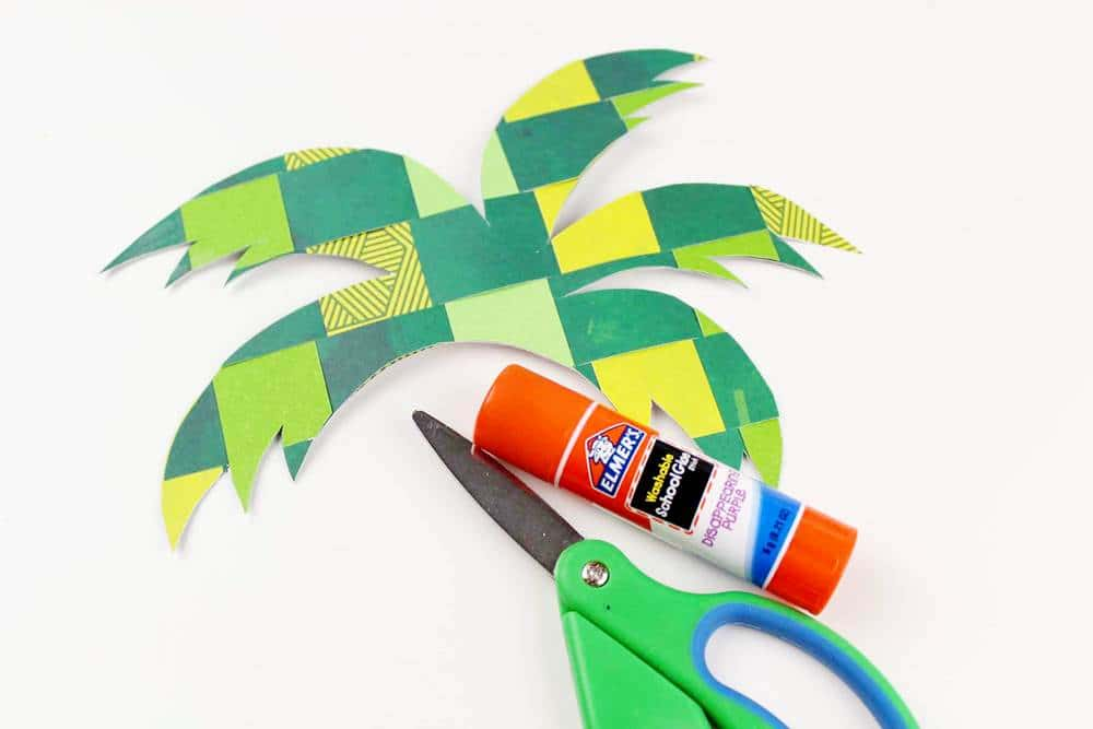 palm tree paper weaving craft