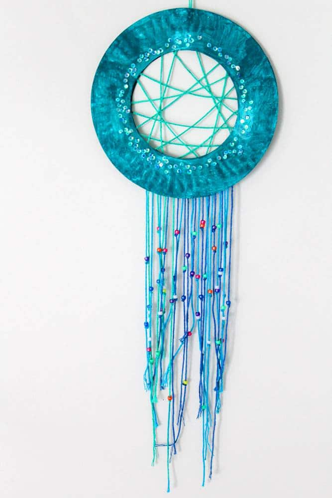 Sequin dream catcher paper craft for kids.