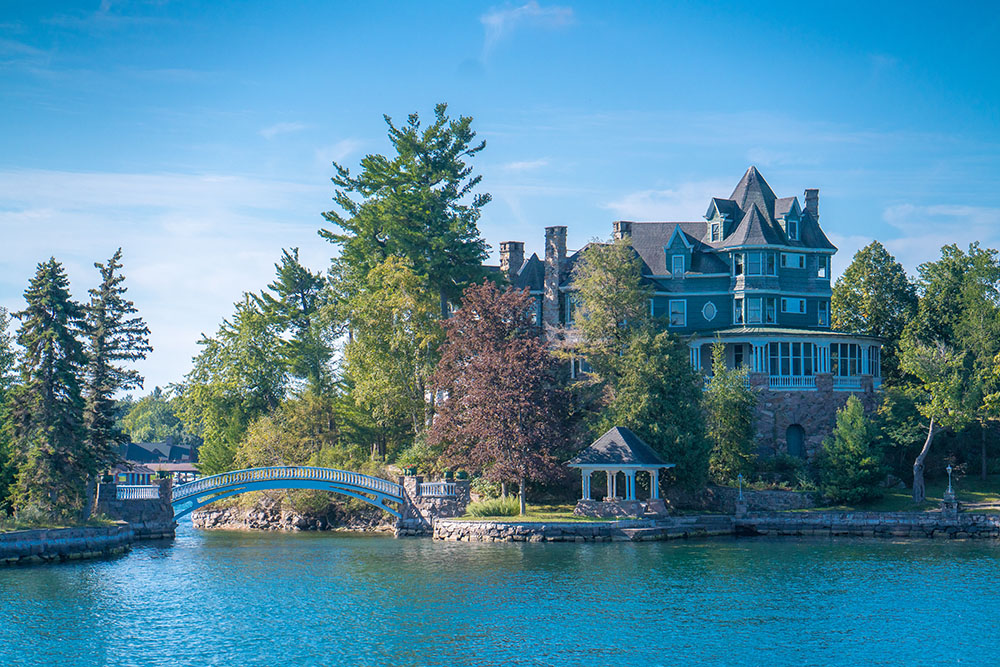New York State with Kids. Take the Boat Tour in the Thousand Islands