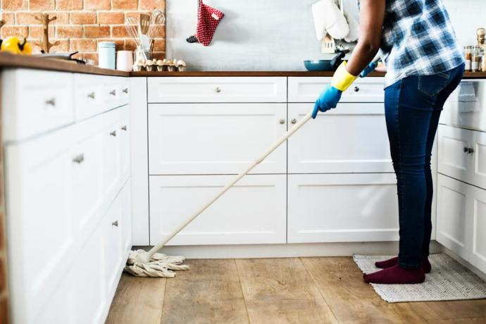 20 House Cleaning Tips and Tricks You Need To Try