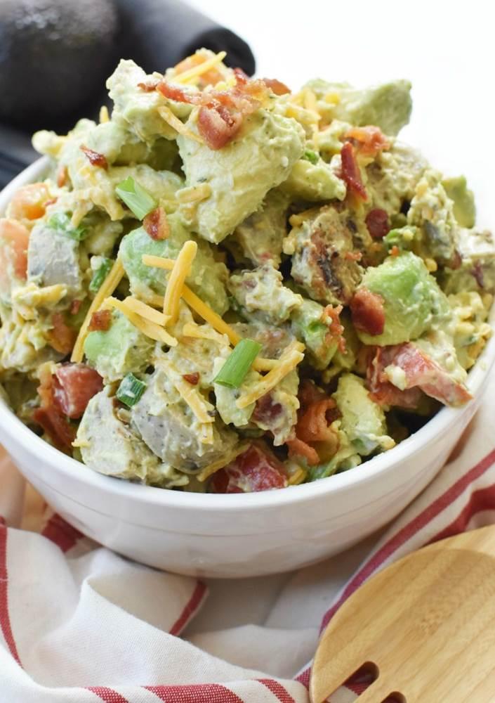 keto salad with avocado